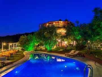 Aeneas Hotel