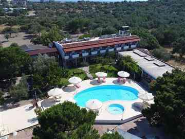 Assos Kadırga Otel