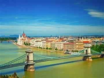 Baştanbaşa Orta Avrupa Turu Budapeşte Başlar