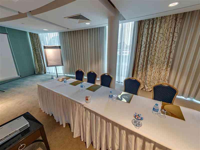 Okeanos Meeting Room