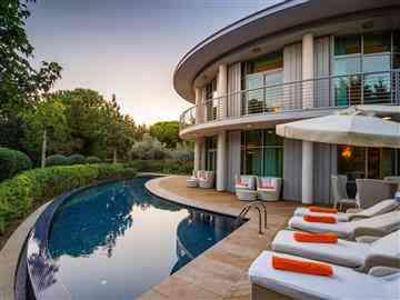 Superior Single Villa