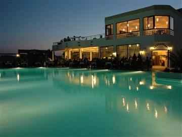 Club La Luna Hotel