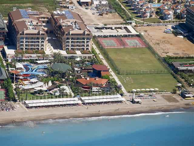 Crsytal Family Resort & Spa