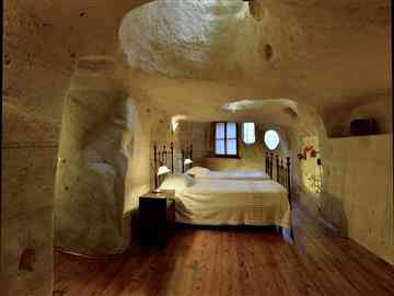 Family Cave Suite