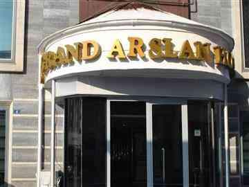 Grand Arslan Hotel