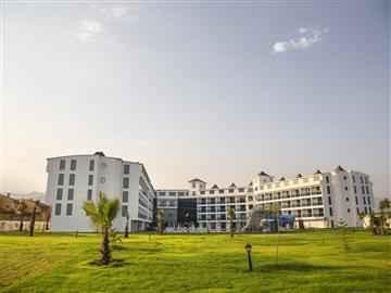 Grand Çınar Resort Hotel