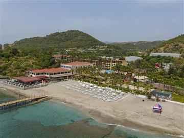 Green Paradise Beach Hotel