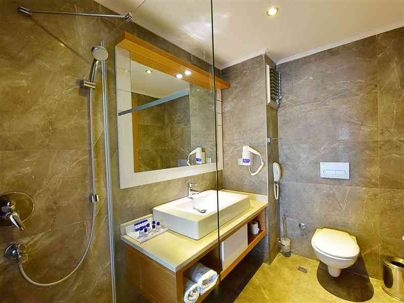 Otel Odası Banyo
