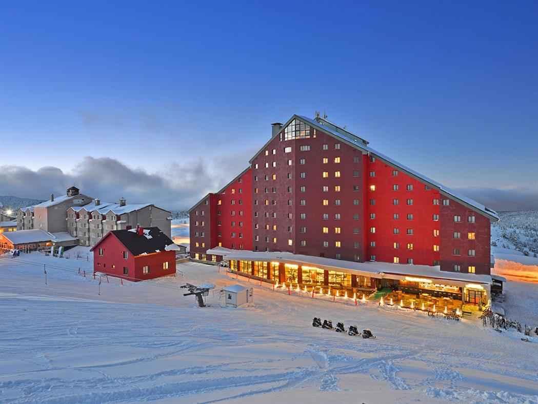 Karinna Hotel Convention Center & Spa