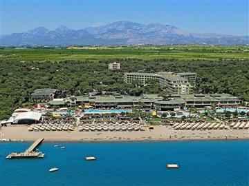 Maritim Pine Beach Hotel