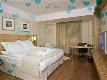 Sevgililer Günü Orta Masa - Standart Oda