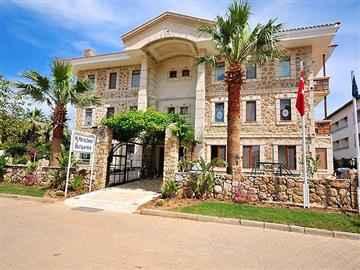 My Marina Select Otel