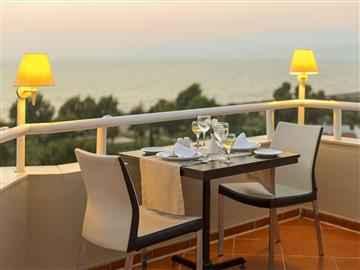 Artemis Restaurant Teras