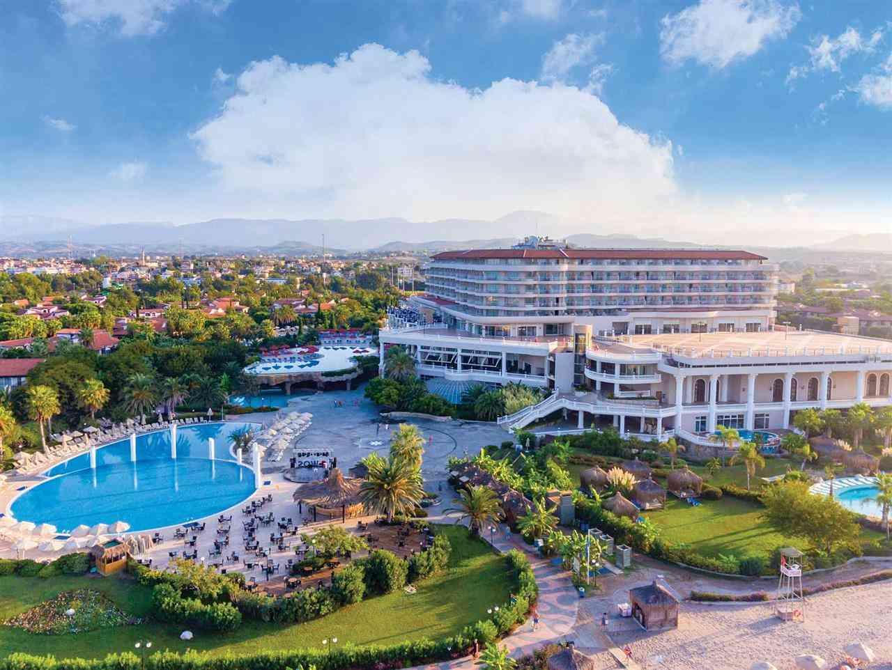 Starlight Resort Hotel