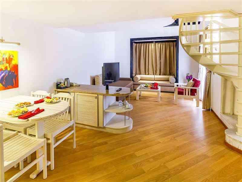 Sunrise Resort Taraf-Club Dubleks Aile Odası
