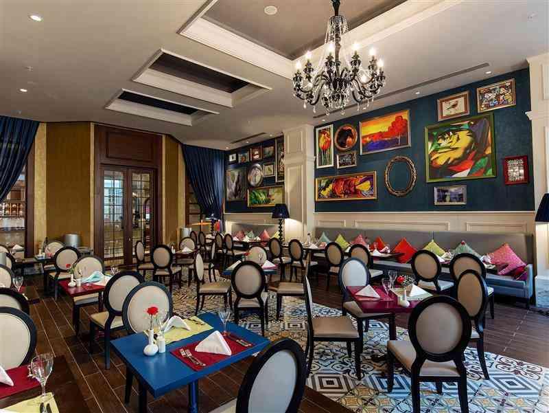 Diverso Main Restaurant