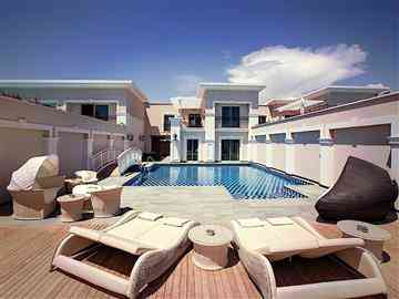 Superior Pool Villa