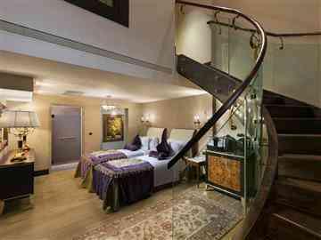 Pool Dublex Suite
