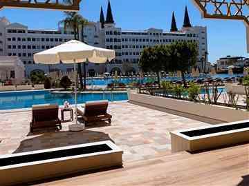 Premium Pool Dublex Suite
