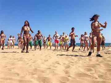 Plaj Aktivite
