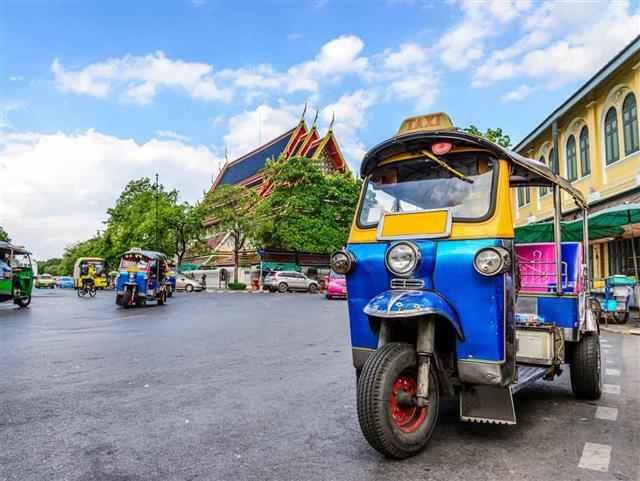 Bangkok, Pattaya Turu Singapur Hava Yolları İle